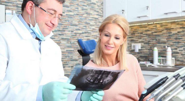 Les coordonnées des dentistes qui acceptent la CMU sont à retrouver sur info-dentistes.fr